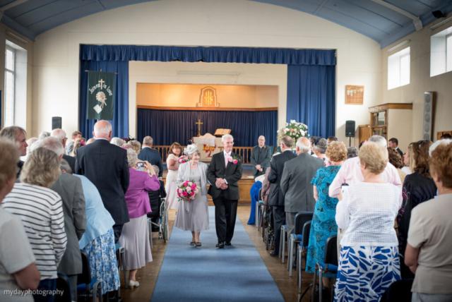 Aintree Wedding Photographer Old Roan Methodist Church